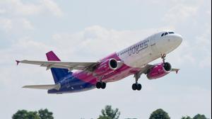 """וויז אייר Wizz air. וולף PR, יח""""צ"""
