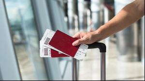 כרטיס טיסה עם דרכון