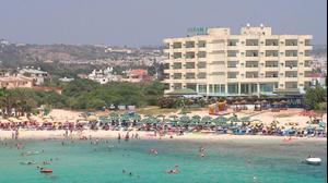 חוף באיה נאפה, קפריסין