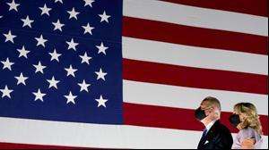 המועמד הדמוקרטי לנשיאות ארצות הברית ג'ו ביידן ורעייתו ג'יל בוועידת המפלגה בדלאוור, 20 באוגוסט 2020