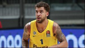 שחקן מכבי תל אביב בכדורסל סקוטי ווילבקין