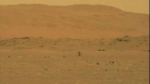 """רגע היסטורי: הרחפן של נאס""""א המריא מעל אדמת מאדים"""