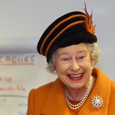 מלכת אנגליה אליזבת השנייה