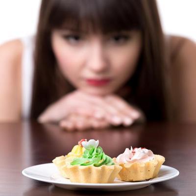 אישה רעבה
