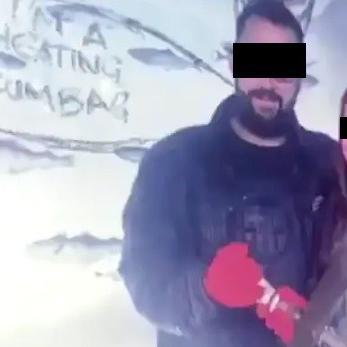 אשה נוקמת בחבר שבגד בה