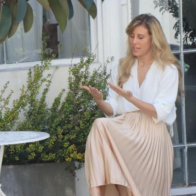 אלינה לוי מגיע למעצב שמלות כלה