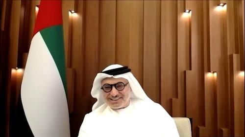 אנוואר גרגאש, השר במשרד החוץ של איחוד האמירויות הערביות בראיון בשיחה בזום. 14 באוגוסט 2020