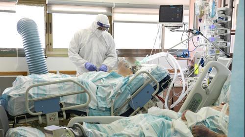 """חניון בית החולים רמב""""ם חיפה לחולי קורונה"""