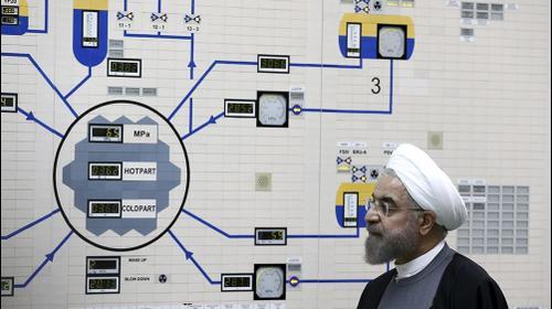 נשיא איראן חסן רוחאני בביקור בתחנת הכוח הגרעינית בושהר, 13 בינואר 2015