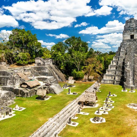 עתיקות תרבות המאיה, העיר טיקאל בצפון גואטמלה