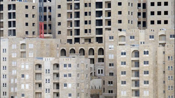 בנייה ברוואבי העיר המתוכננת הראשונה שאי-פעם נבנתה ברשות הפלסטינית, שומרון. פברואר 2015