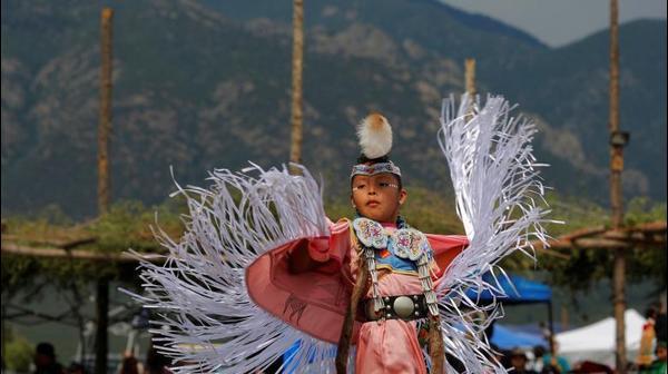 פסטיבל הפאו וואו המסורתי בניו מקסיקו  יולי 2017