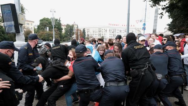 הפגנת סטודנטים במינסק נגד תוצאות הבחירות בבלארוס