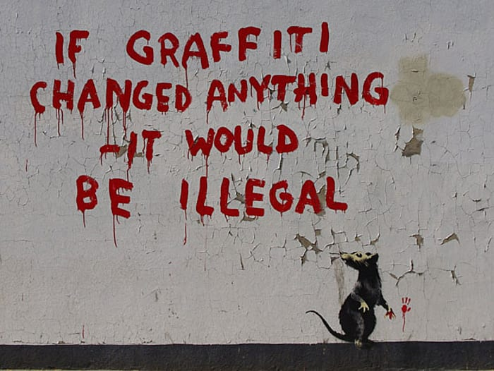 'If graffiti changed anything - it would be illegal', של בנקסי (צילום מסך , קרדיט: Fitzrovia News Community Newspaper Group)