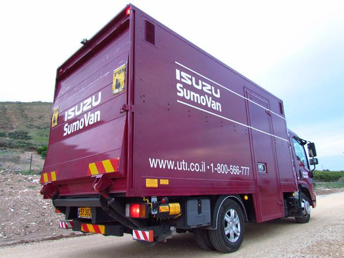 מעולה  משאית החלוקה איסוזו סומוואן 6200 הופכת את העבודה לקלה - וואלה! רכב MW-03
