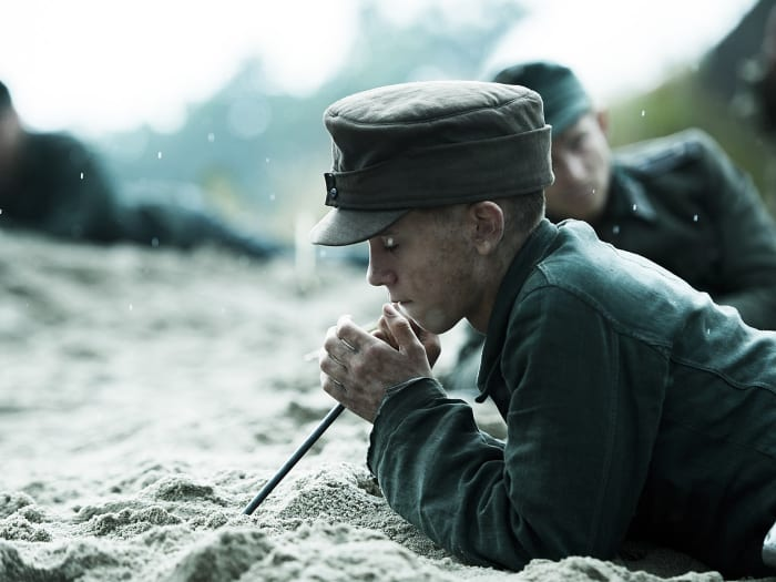 "land of mine (יח""צ)"