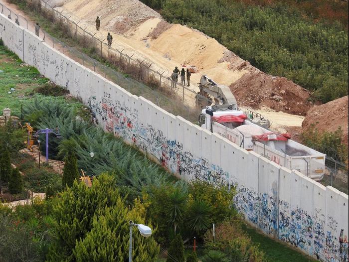 צבא בגולן-טילים מדויקים-מנהרות: המלחמה עם חיזבאללה כבר כאן 2690380-46