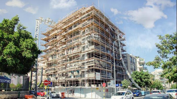 בנייה של בניין ברחוב כצנלסון, ראשון לציון. ShutterStock