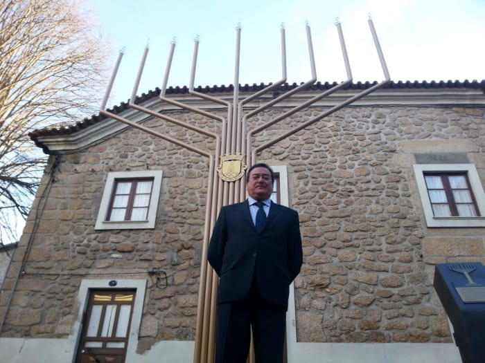 מתוחכם יהודי בלמונטה האנוסים: 400 שנה בתחפושת בפורטוגל - וואלה! תיירות UG-92