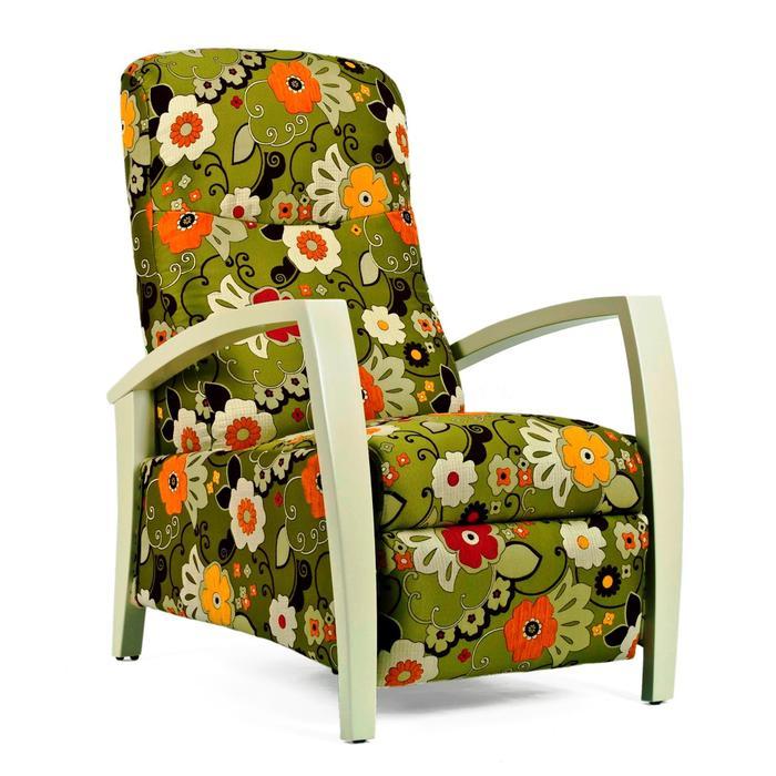 מבריק חנות קונספט חדשה לכורסאות בהרצליה פיתוח - וואלה! בית ועיצוב AA-76