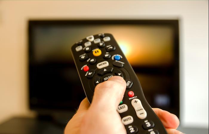 מצטיין שלא יעבדו עליכם: כל מה שצריך לדעת לפני שקונים טלוויזיה חדשה NH-82