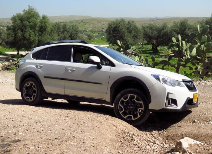 בנפט מבחן דרכים לסובארו XV מנוע 2.0 ל', מתיחת פנים - וואלה! רכב WM-96