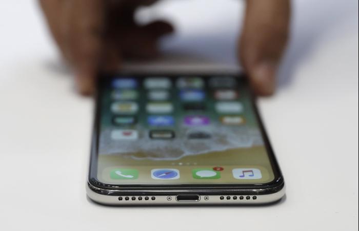 מסודר מהזול ליקר: כמה עולה לתקן את מסך הסמארטפון שלכם? - וואלה! TECH VG-06