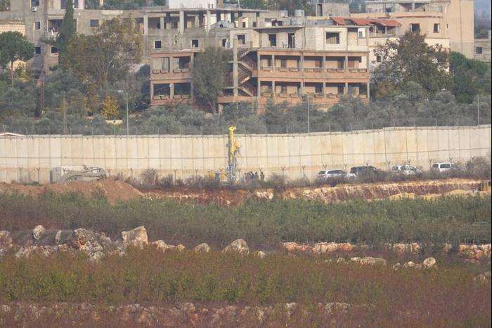 צבא בגולן-טילים מדויקים-מנהרות: המלחמה עם חיזבאללה כבר כאן 2690255-46