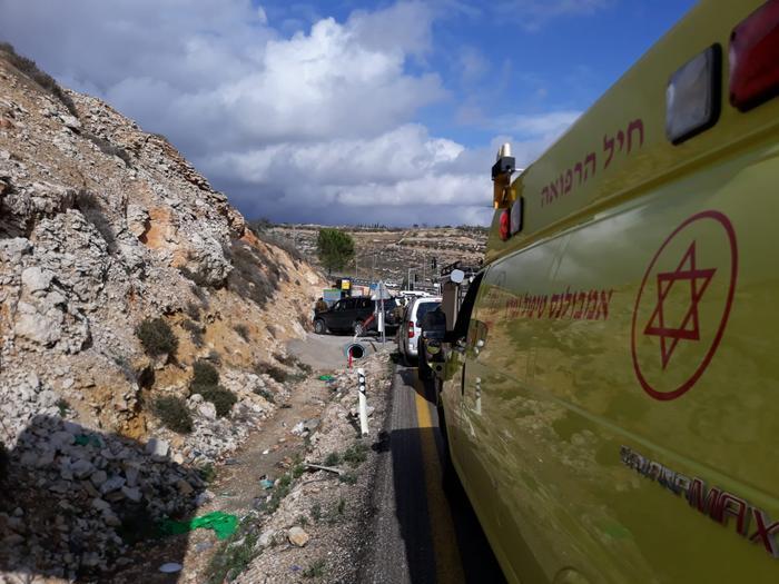 חייל נפצע קל בפיגוע דריסה באל-בירה שליד רמאללה; המחבל נוטרל 2694378-46