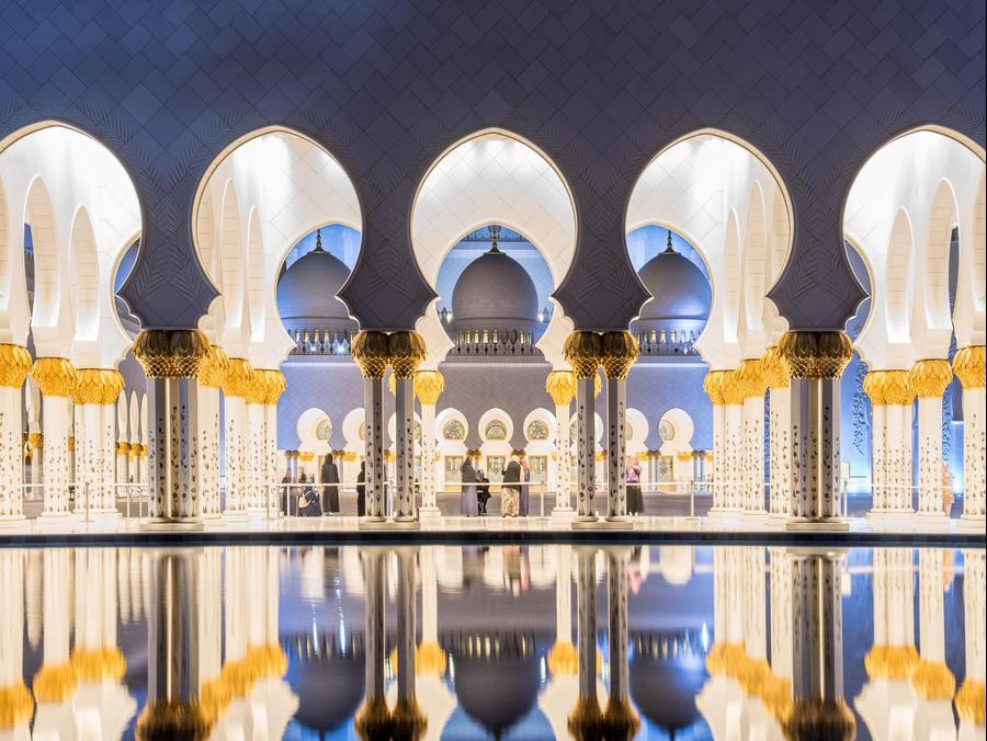 """מסגד שייח' זיאד - אבו דאבי - פגסוס. יח""""צ, יח""""צ"""