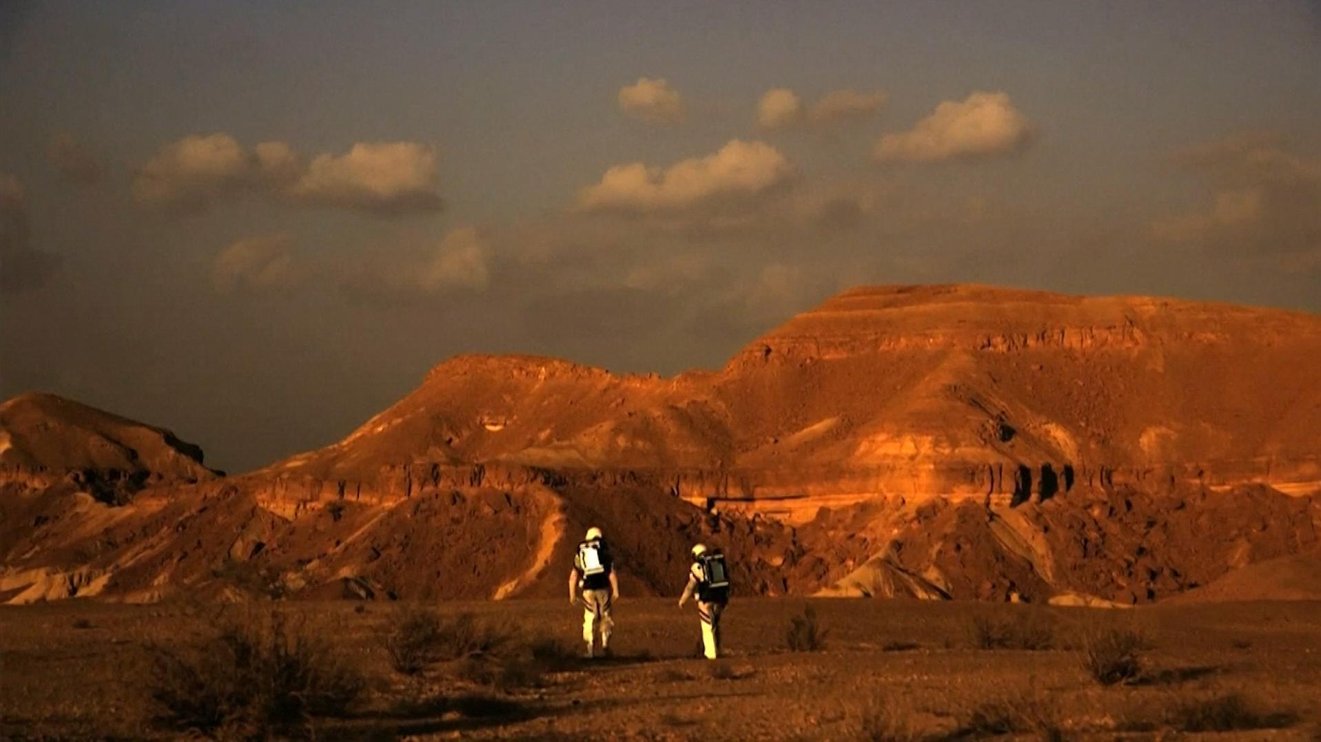 6 חוקרים ישראלים השלימו משימת מחקר שדימתה חיים על הכוכב במצפה רמון