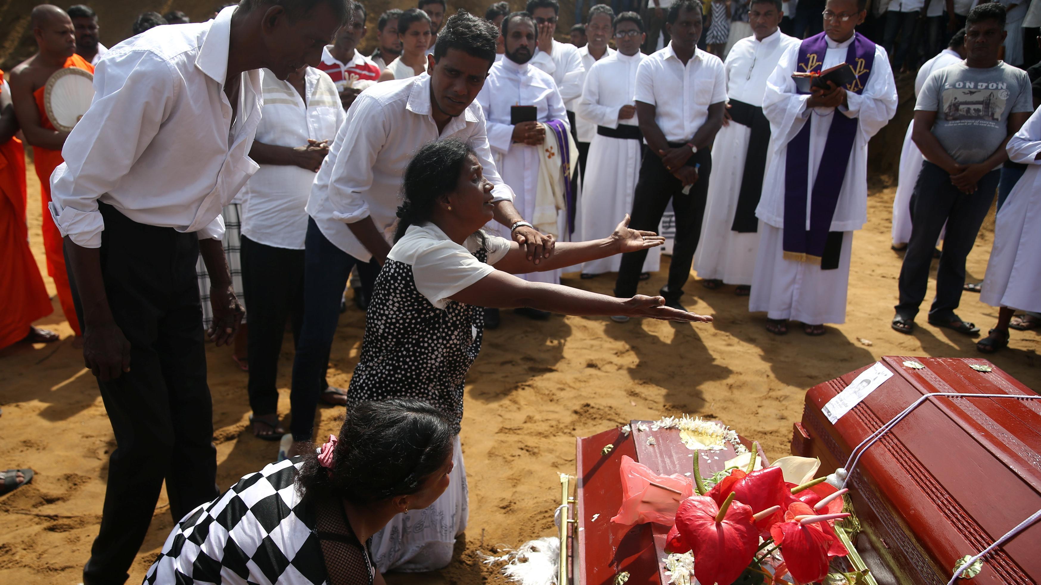 הלוויות ההרוגים בפיגועים, נגומבו, סרי לנקה, 23 באפריל 2019